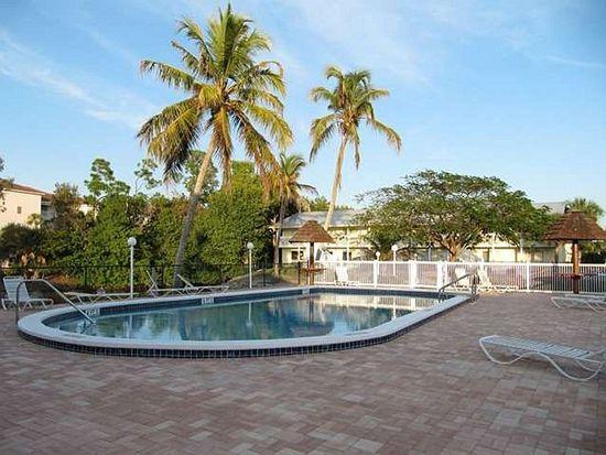 4615 Bayshore Dr APT E8, Naples, FL 34112