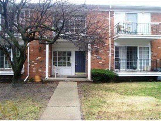 426 Fox Hills Dr N APT 5, Bloomfield Hills, MI 48304