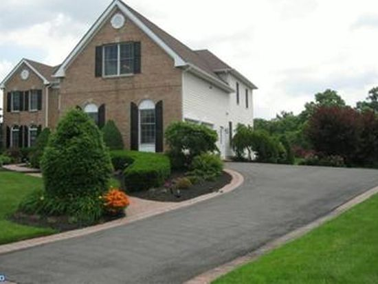 120 Muirfield Ct, Moorestown, NJ 08057