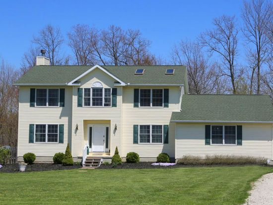 12426 Pleasant Valley Rd, Utica, OH 43080