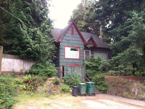 827 NE 98th St, Seattle, WA 98115