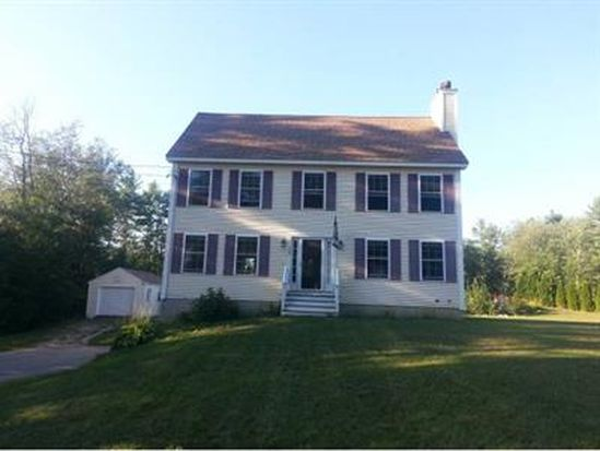 32 Scruton Pond Rd, Barrington, NH 03825