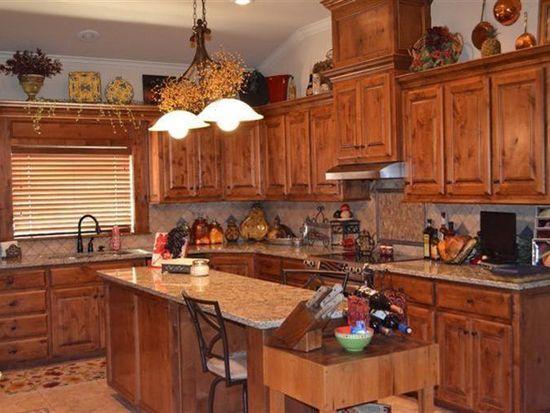 7 Tuscan Villa Cir, Lubbock, TX 79423