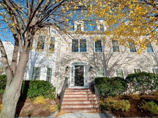 229 Victory Rd UNIT 229, Quincy, MA 02171