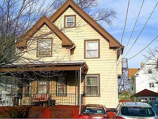 11 Lillian Ave, Providence, RI 02905