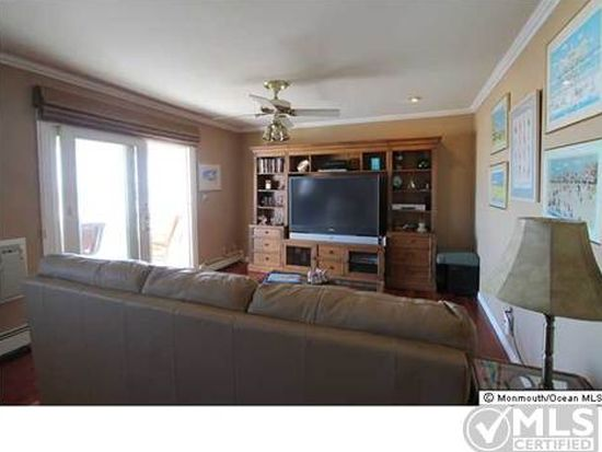 709 Ocean Ave APT 39, Avon By The Sea, NJ 07717
