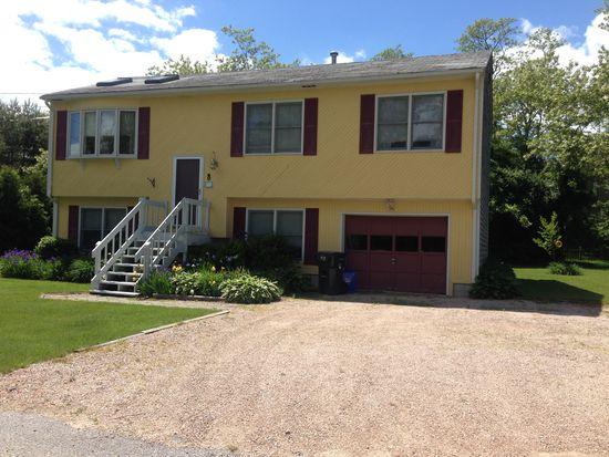 8 Penobscot Trl, Narragansett, RI 02882