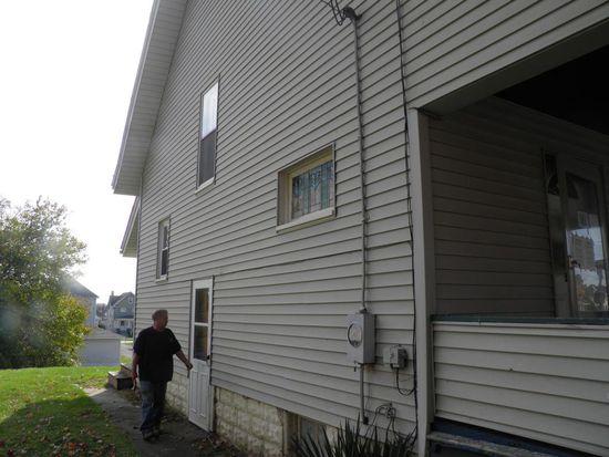 1024 Beckford St, New Castle, PA 16101
