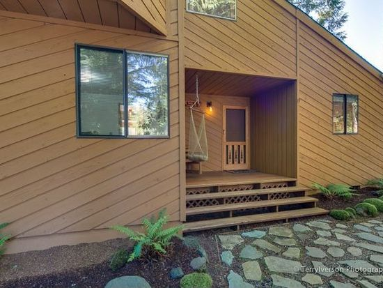 65181 E Boulder Ct, Brightwood, OR 97011