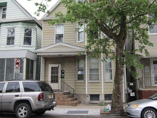 21 Darcy St, Newark, NJ 07105