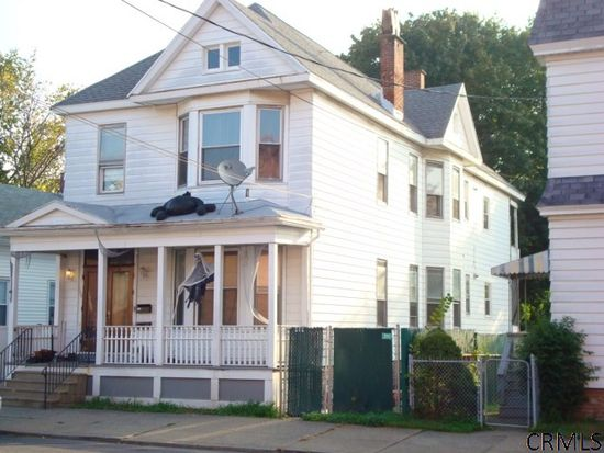 1502 6th Ave, Watervliet, NY 12189