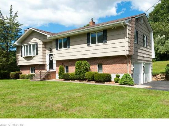 154 Bunker Hill Rd, Guilford, CT 06437