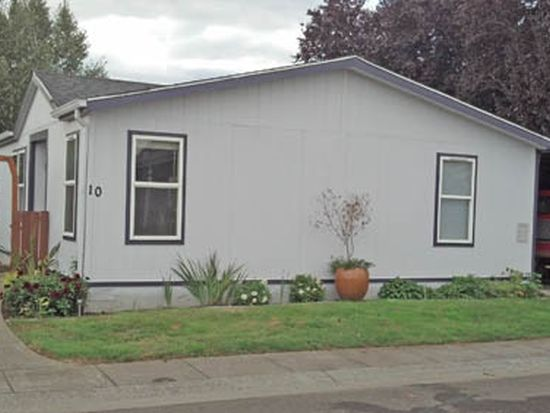 10698 Cone St NE # 10, Donald, OR 97020