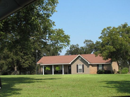 272 Lower Airport Rd, Lumberton, MS 39455