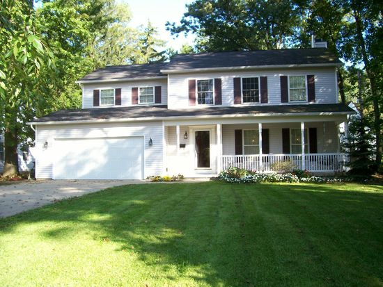 2913 Vincent Rd, Silver Lake, OH 44224