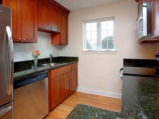 1 Janet Rd APT 8, South Easton, MA 02375