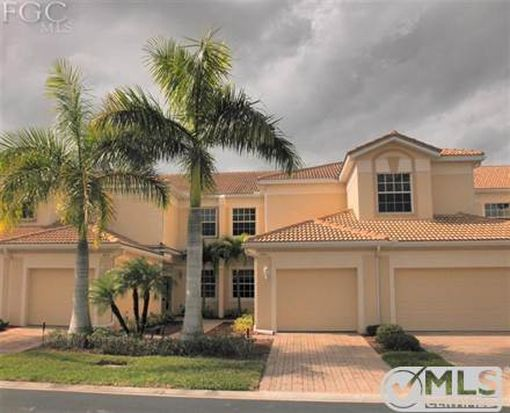 6050 Jonathans Bay Cir APT 301, Fort Myers, FL 33908