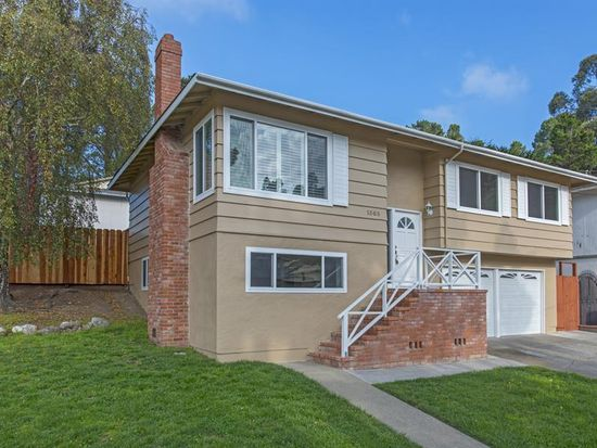 1303 Poplar Ave, Pacifica, CA 94044
