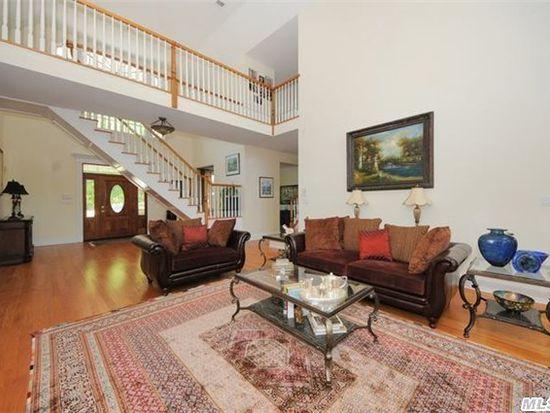 100 Shore Rd, Cold Spring Harbor, NY 11724
