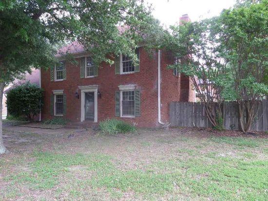 7218 Country Oaks Dr, Memphis, TN 38125