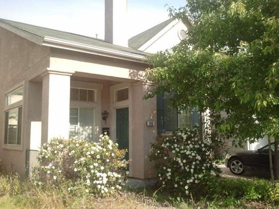 910 Myrtle St, Oakland, CA 94607