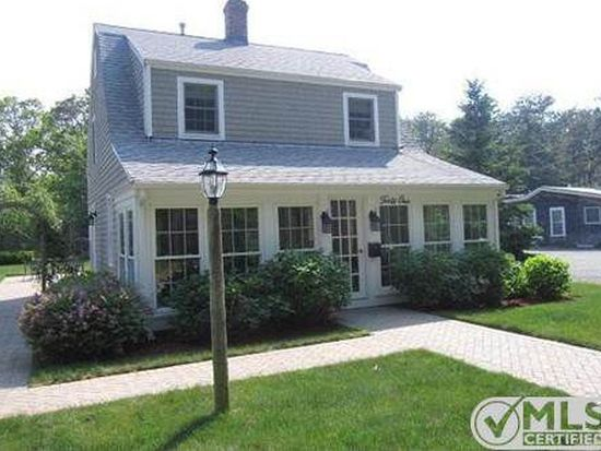41 Parkwood Rd, South Yarmouth, MA 02664