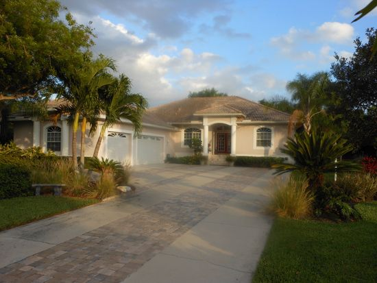 8781 King Lear Ct, Fort Myers, FL 33908
