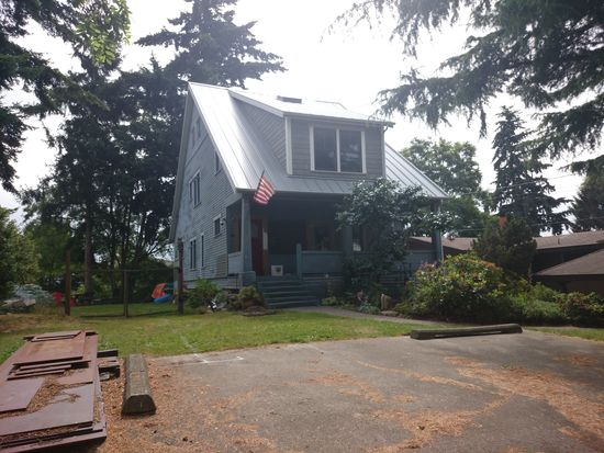 3230 25th Ave W, Seattle, WA 98199