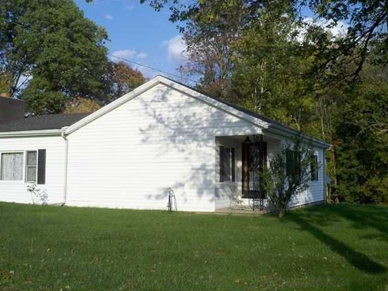 500 W Tanglewood Rd, Versailles, IN 47042