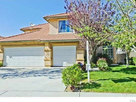 12 Del Santello, Lake Elsinore, CA 92532