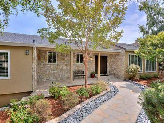 1305 Lakeview Dr, Hillsborough, CA 94010