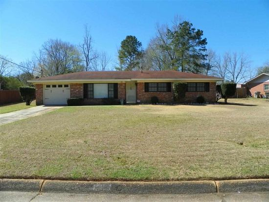 101 Moates Dr, Enterprise, AL 36330
