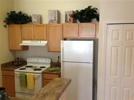 3628 Crestwood Lake Ave APT 107, Fort Myers, FL 33901
