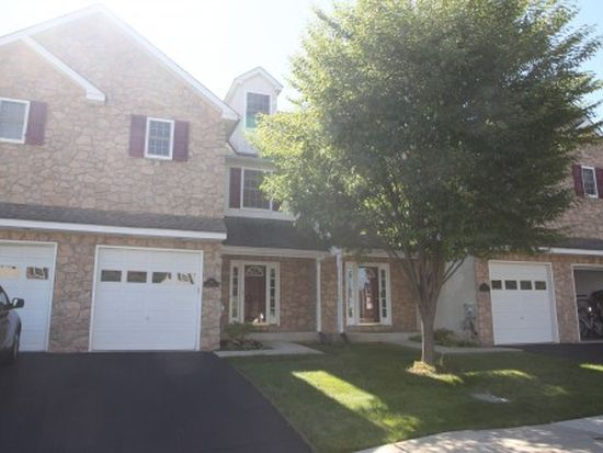 103 Bentley Dr, Trappe, PA 19426