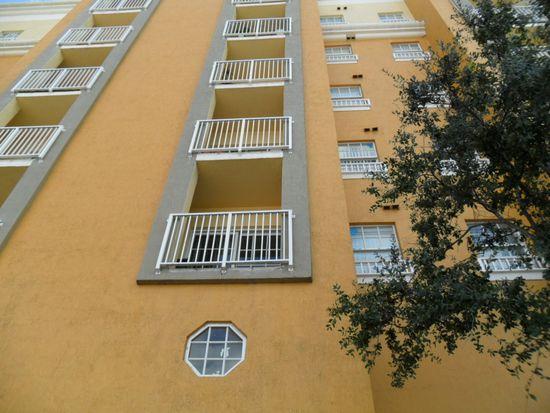 1968 NW 7th St, Miami, FL 33125