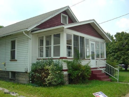 144 Greenwood Rd, Altoona, PA 16602