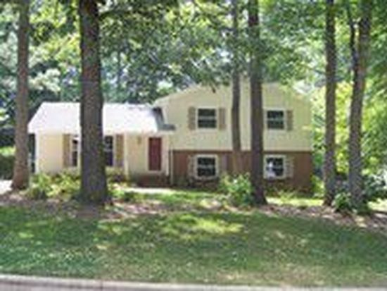 1604 Glengarry Dr, Cary, NC 27511