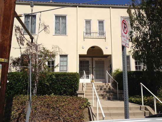7149 Hawthorn Ave, Los Angeles, CA 90046