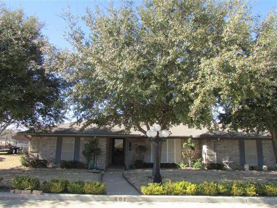 601 Country Club Dr, Joshua, TX 76058