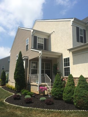 4 Dogwood Ct, Yardley, PA 19067