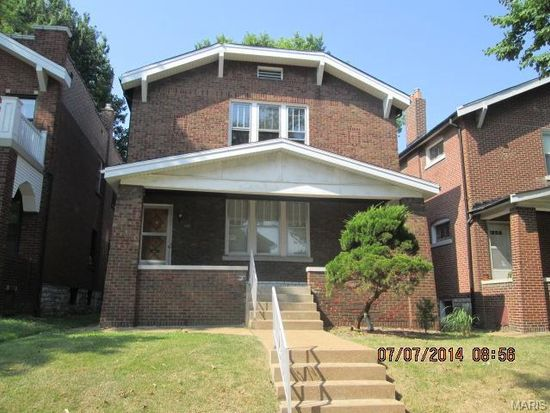 3620 Bowen St, Saint Louis, MO 63116