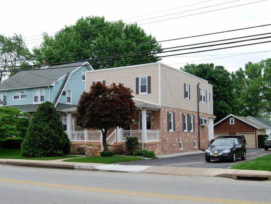 1021 Fairview Rd, Swarthmore, PA 19081
