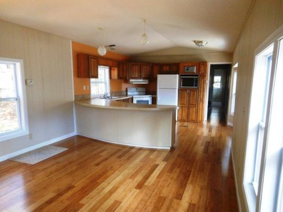 46 Loon Mountain Ln, Center Conway, NH 03813