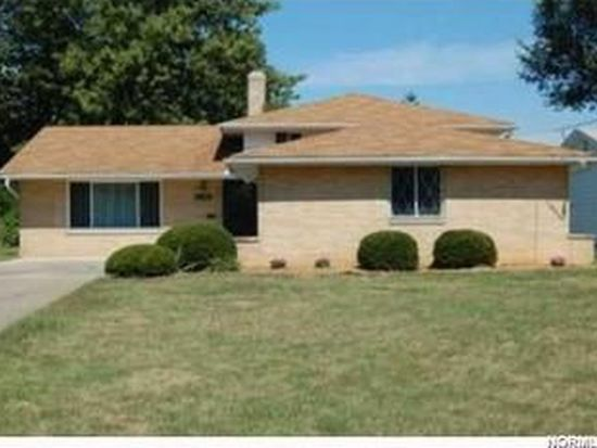 23398 Sharon Dr, North Olmsted, OH 44070