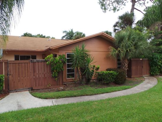 6317 Royal Woods Dr, Fort Myers, FL 33908