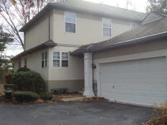 4 Laurelgate Pl, Millersville, PA 17551
