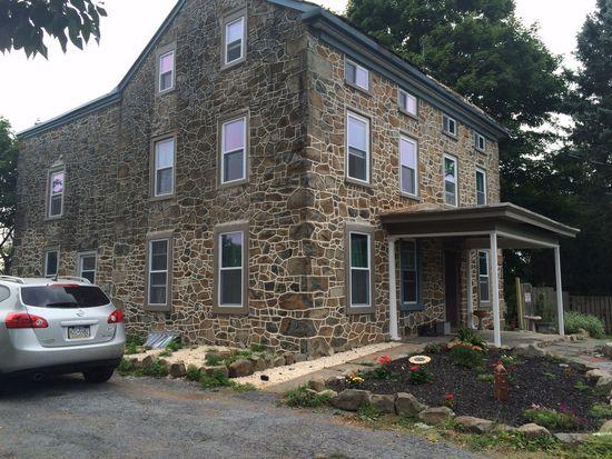 2138 N Pleasantview Rd, Pottstown, PA 19464