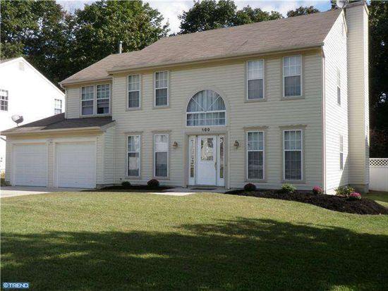 169 Breckenridge Dr, Sicklerville, NJ 08081