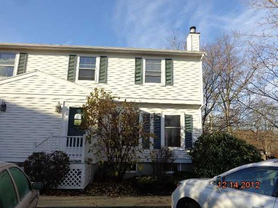1 Arnold Ter, Marblehead, MA 01945
