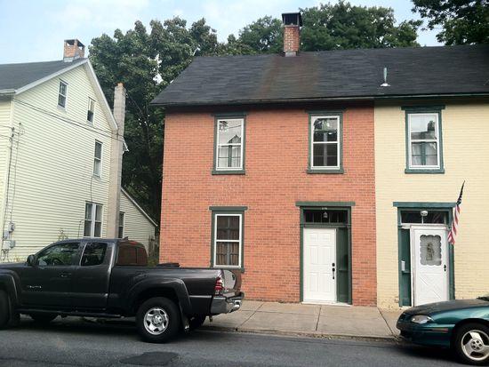 116 N Main St, Nazareth, PA 18064